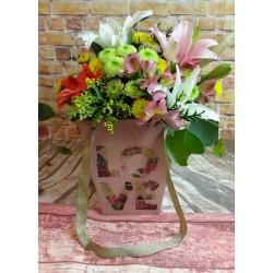 Bouquet primaveral en bolsa 3